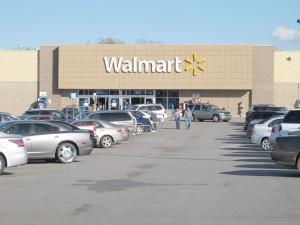 Shoppers prepare for Walmart's final days. (Photo/Barbara Ball)