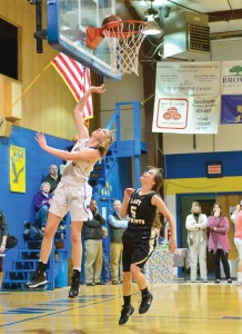 Jaycie Johnson with the easy layup for the Lady Eagles. (Photo/Ross Burton)