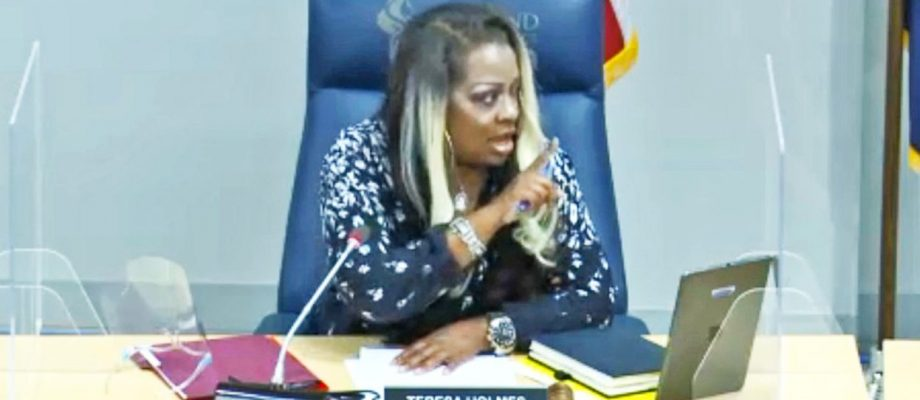 Three R2 school board members walk out of chaotic meeting